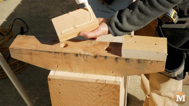 - attach wooden feet to front support