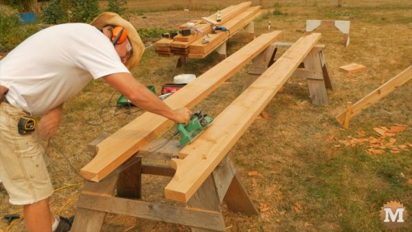Dressing 2x8 beams with plane