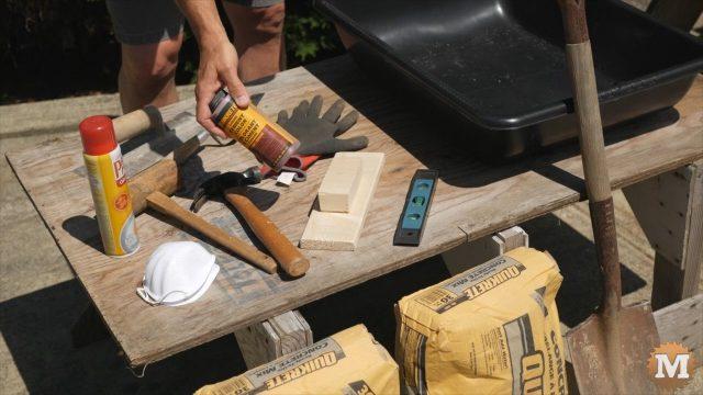 DIY Concrete Garden Box Easy Form - Concrete Colour or dye
