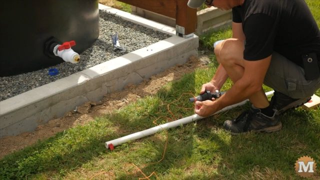 placing the float flexible pipe for the tank supply line